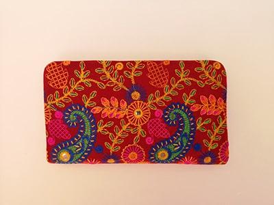 Portefeuille rigide grand format coloré